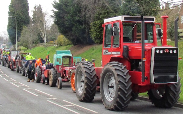 Bridgnorth vintage tractor run2
